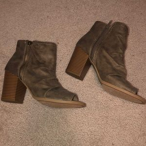 Rampage Open toed Booties